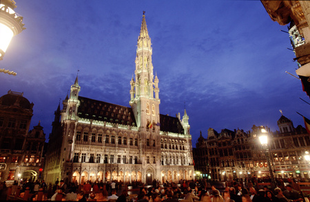 Belgium: Brussels, The Grand Place lit up at dusk : Travel World : Michael Ventura Photography, Washington DC, Portraits, Stock, Caribbean, Headshots, head, shots , Photographer, Photography